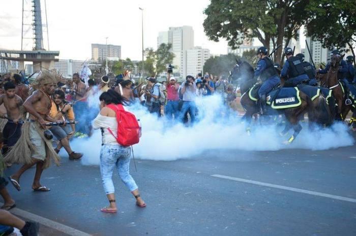 indigenasbrasilia2